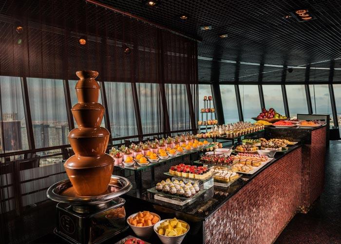 【4人同行優惠】澳門旅遊塔360°自助晚餐含旅遊塔門票