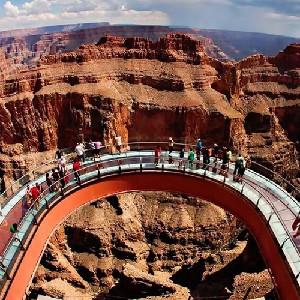 大峽谷西緣和胡佛大壩巴士一日遊(可選玻璃橋、直升機、遊艇)