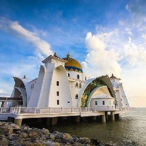 吉隆坡-馬六甲王朝一日遊(含skytower觀景午餐+花車巡遊)