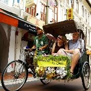 新加坡牛車水三輪車夜間之旅(含接送+晚餐+遊船)