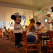 奧蘭多迪士尼樂園米奇廚師餐廳自助晚餐